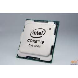 CPU Intel Core i9-9820X 3.3 GHz Turbo 4.1 GHz up to 4.2 GHz / 16.5 MB / 10 Cores, 20 Threads / socket 2066 (No Fan)